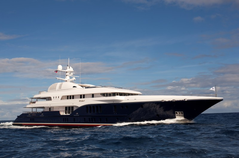 NEW CENTRAL AGENCY – M/Y SYCARA V