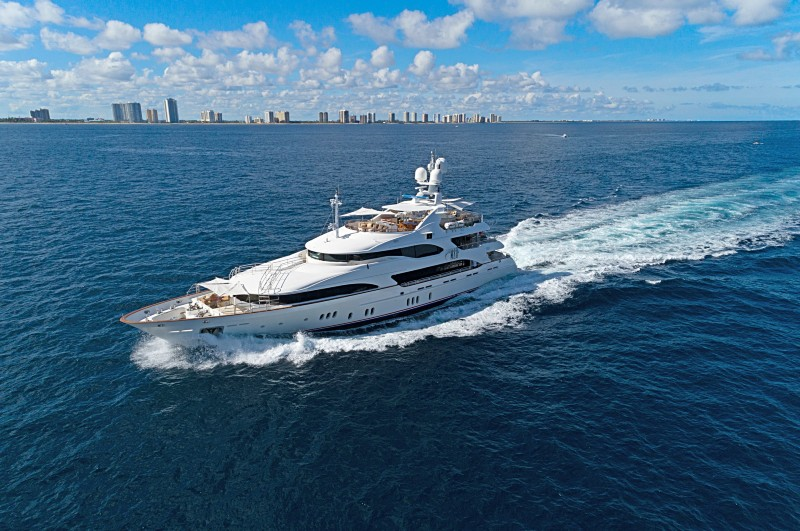 NEW CENTRAL AGENCY – M/Y MAG III