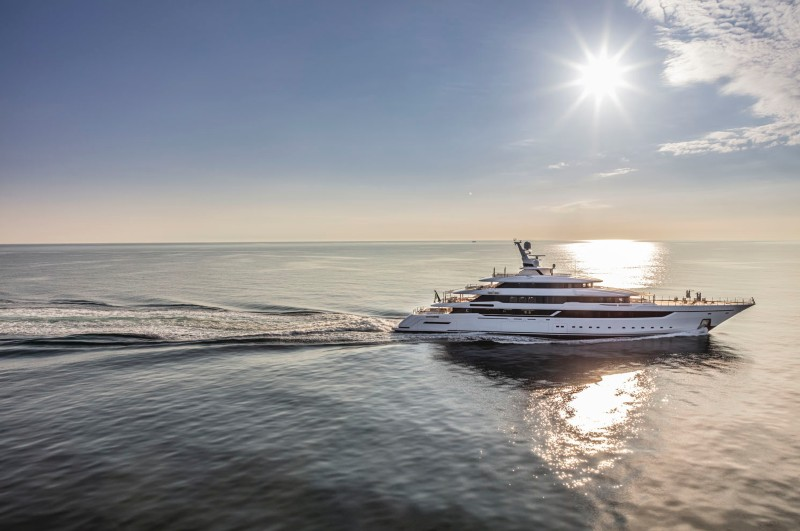 NEW CENTRAL LISTING - M/Y DRAGON